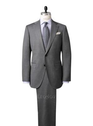 Классический костюм серый