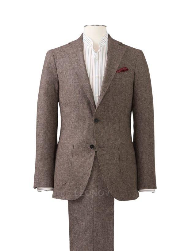 Мягкий костюм в ломаную клетку светло-коричневый