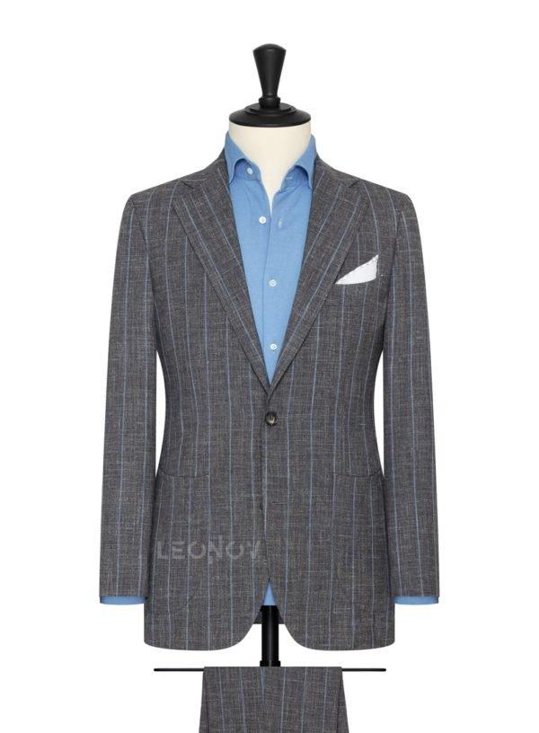 Серый костюм в синюю меловую полоску