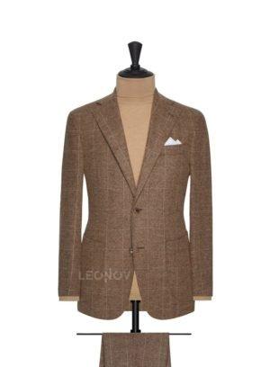 Фланелевый коричневый костюм