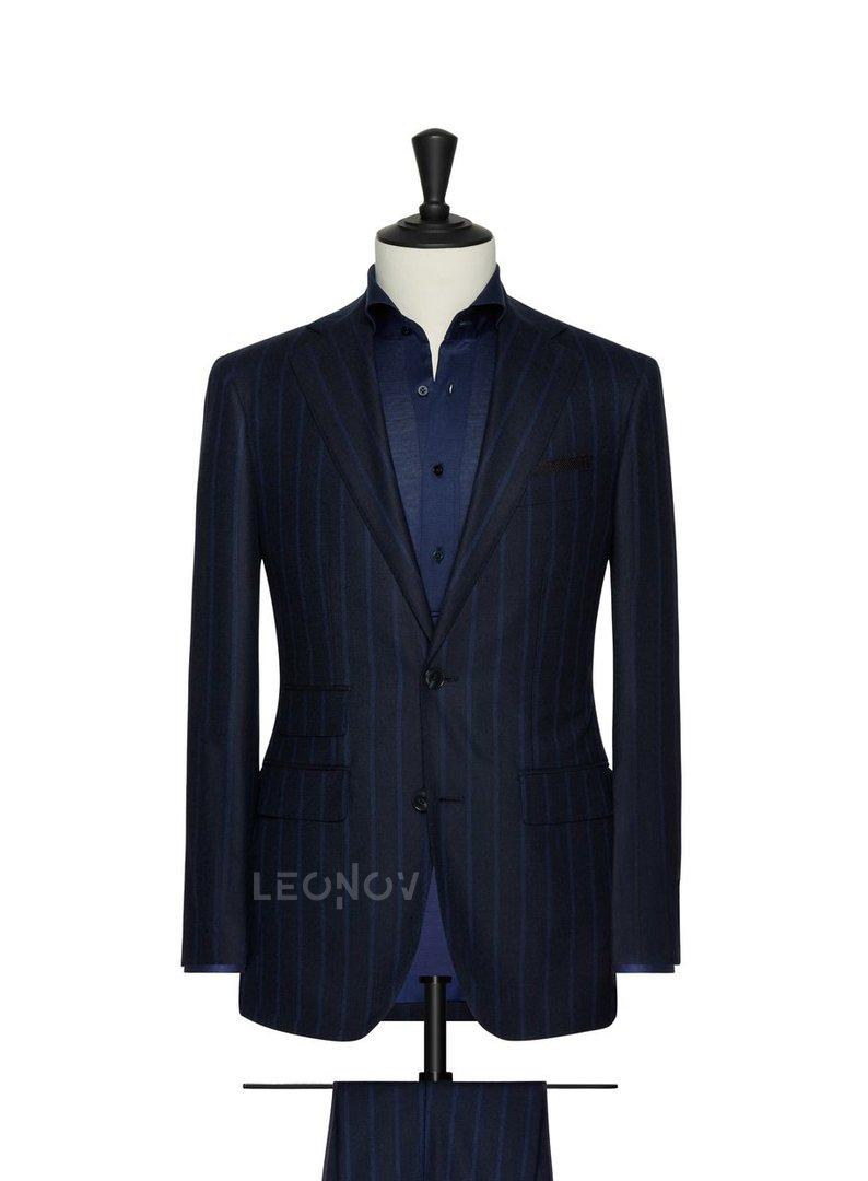 Темно-синий костюм в крупную синюю полоску – Leonov в ...  Темно Синий Костюм Рубашка