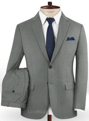 Серый деловой костюм из чистой шерсти