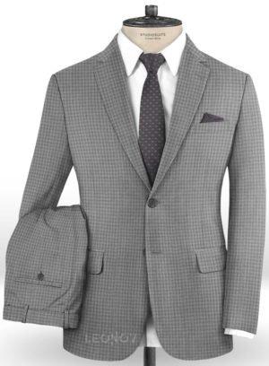 Серый деловой костюм в мелкую клетку из шерсти