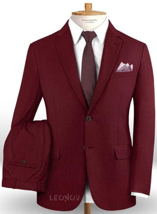 Темно-бордовый костюм из шерсти