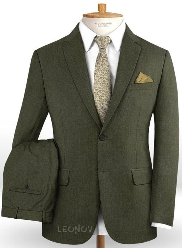 Темно-зеленый костюм из шерсти