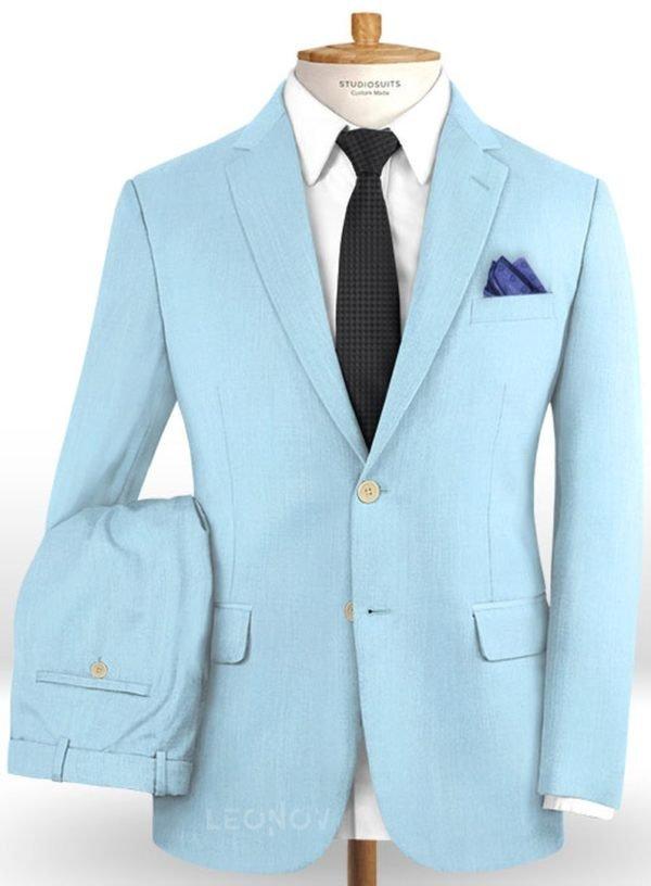 Небесно-голубой костюм из шерсти