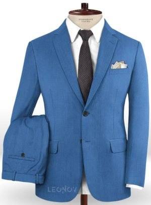Ярко-синий костюм из шерсти