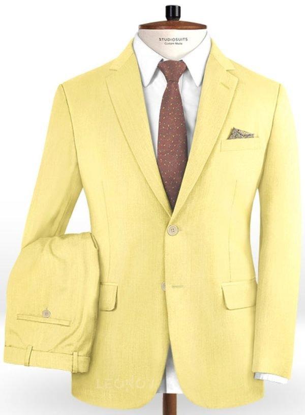 Желтый костюм из шерсти