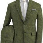 Летний зеленый костюм из льна