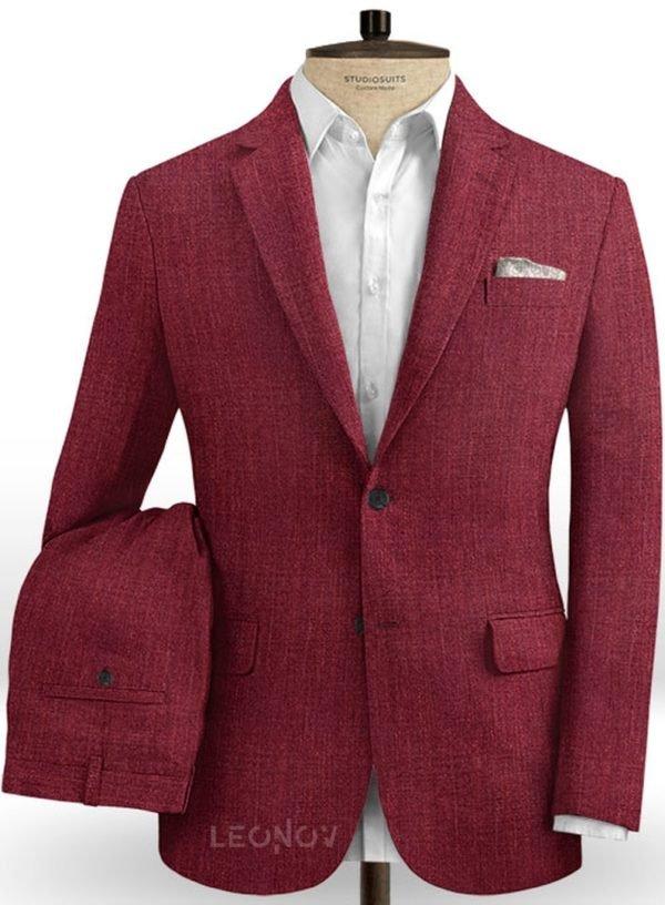Ярко-бордовый костюм из шелка, шерсти и льна