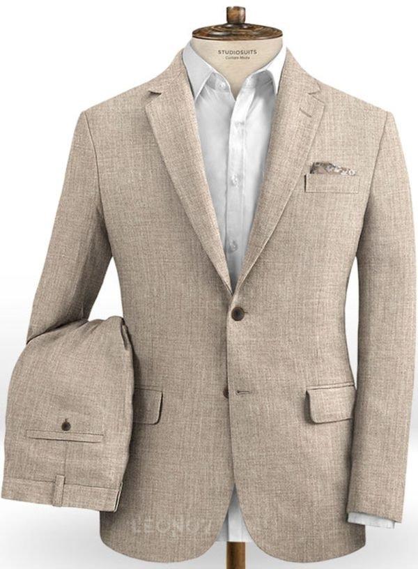 Бледно бежевый костюм из шелка, шерсти и льна