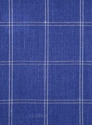 Ярко-синий костюм в клетку из шерсти, льна и шелка