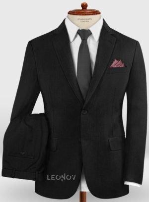 Классический деловой черный костюм из шерсти
