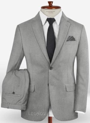 Повседневный светло-серый костюм из шерсти