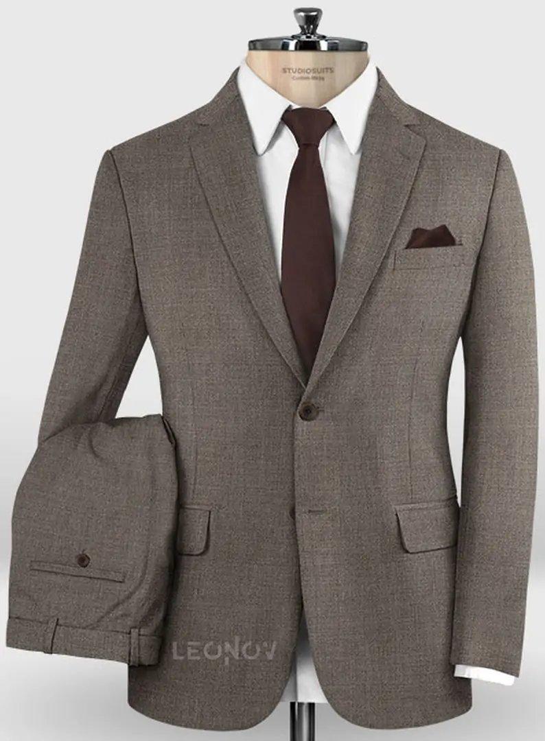 Деловой классический коричневый костюм из шерсти