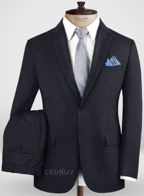 Классический темно-синий костюм из шерсти