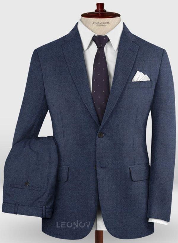 Деловой классический синий костюм из шерсти